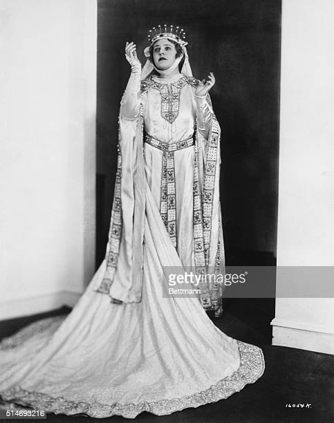 Lotte Lehmann as Elizabeth in Wagner's Tannhauser. Undated photograph.