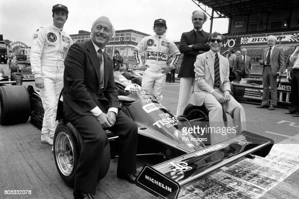 Lotus boss Colin Chapman launches the new Lotus 87 at Brands Hatch with drivers Elio de Angelis and Nigel Mansell The '87' replaces the 1980 '81B'...