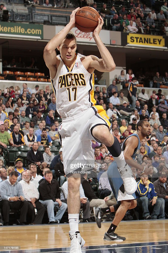 Lou Amundson of the Indiana Pacers grabs the rebound against