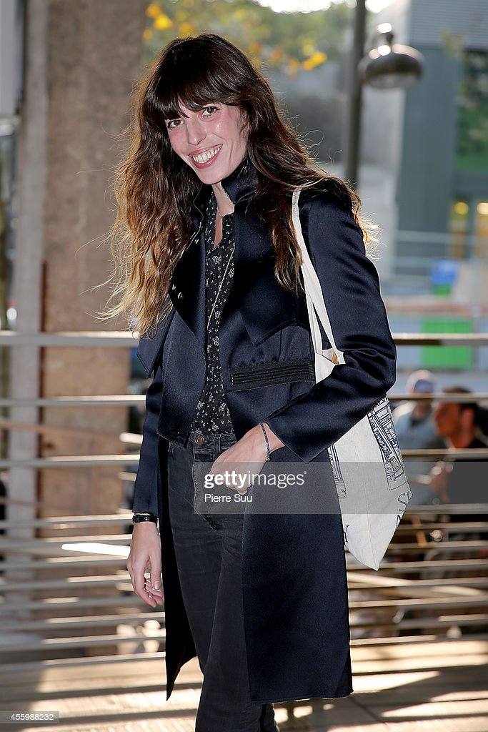 Anthony Vaccarello : Outside Arrivals - Paris Fashion Week Womenswear Spring/Summer 2015