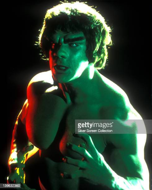 Lou Ferrigno US actor and bodybuilder in a studio portrait issued as publicity for the US television series 'The Incredible Hulk' USA circa 1980 The...