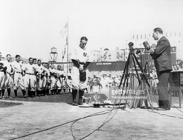 NEW YORK JULY 4 1939 Lou Gehrig first baseman for the New York Yankees is shown at the microphone during Lou Gehrig Appreciation Day a farewell to...