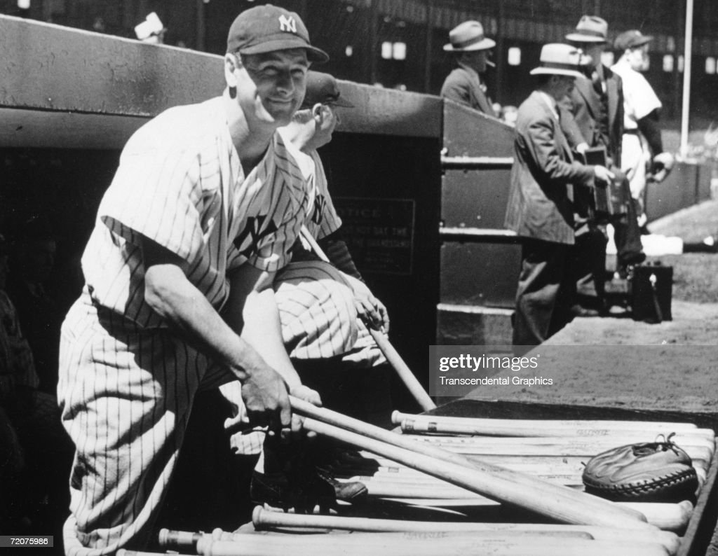 Lou Gehrig 2000th Consecutive Game : News Photo