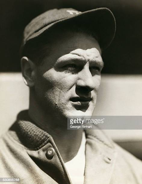 Lou Gehrig first baseman of the New York Yankees and leading batsman of the American League ties Babe Ruth for season's home run record by scoring...