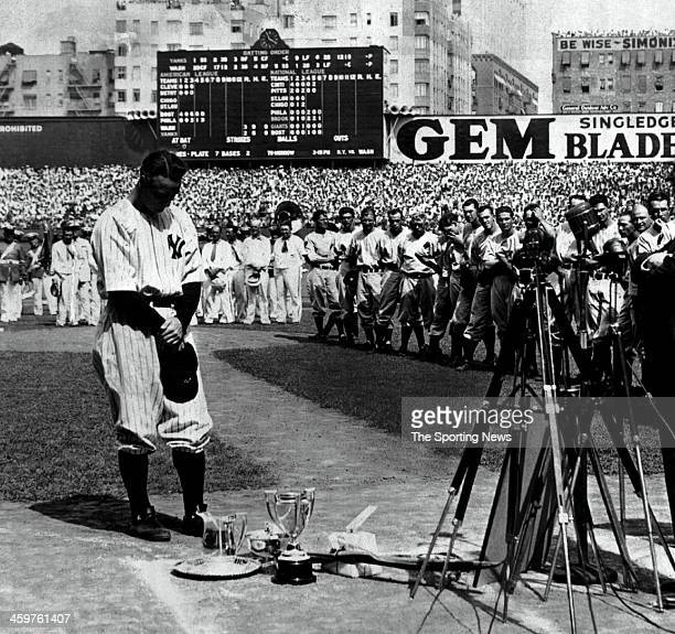 Lou Gehrig of the New York Yankees addresses his teammates and fans during his famous farewell speech on Lou Gehrig day on July 4 1939 at Yankee...
