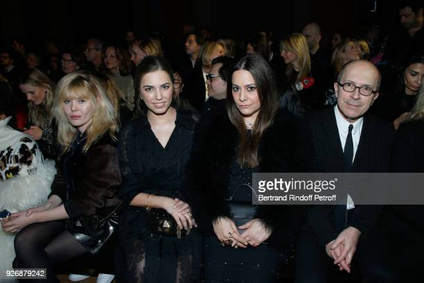 Lou Lesage Amber Le Bon Hedieh Loubier and her husband CEO of Sonia Rykiel JeanMarc Loubier attend the Sonia Rykiel show as part of the Paris Fashion...