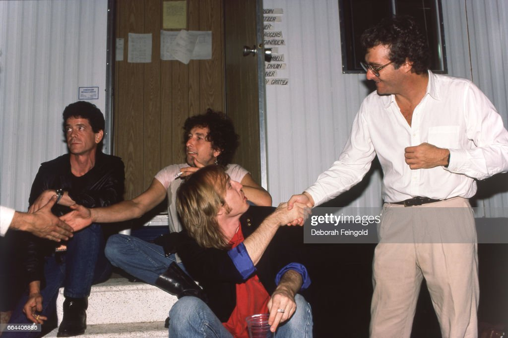 Lou Reed, Bob Dylan, Tom Petty and Randy Newman posing on September 22, 1985 in Champaign, Illinois.