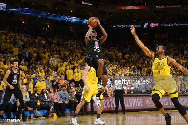 Lou Williams of the LA Clippers drives to the basket against the Golden State Warriors during Game Two of Round One of the 2019 NBA Playoffs on April...