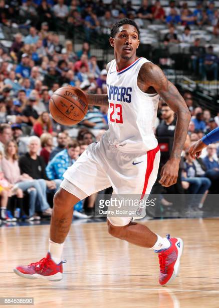 Lou Williams of the LA Clippers handles the ball against the Dallas Mavericks on December 2 2017 at the American Airlines Center in Dallas Texas NOTE...