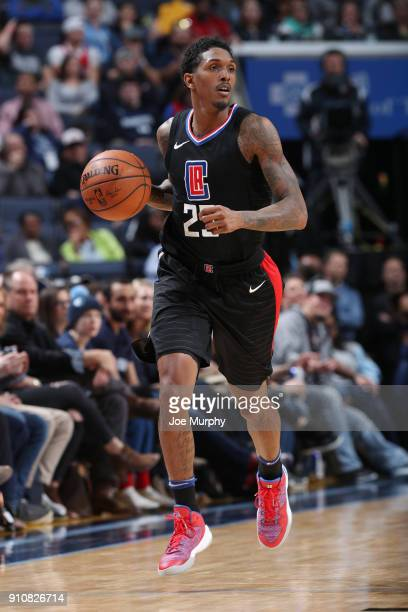 Lou Williams of the LA Clippers handles the ball during the game against the Memphis Grizzlies on January 26 2018 at FedExForum in Memphis Tennessee...