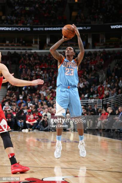 Lou Williams of the LA Clippers shoots the ball against the Chicago Bulls on March 13 2018 at the United Center in Chicago Illinois NOTE TO USER User...