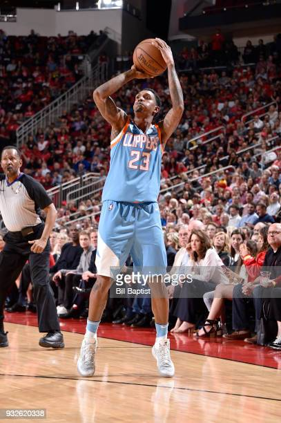 Lou Williams of the LA Clippers shoots the ball against the Houston Rockets on March 15 2018 at the Toyota Center in Houston Texas NOTE TO USER User...