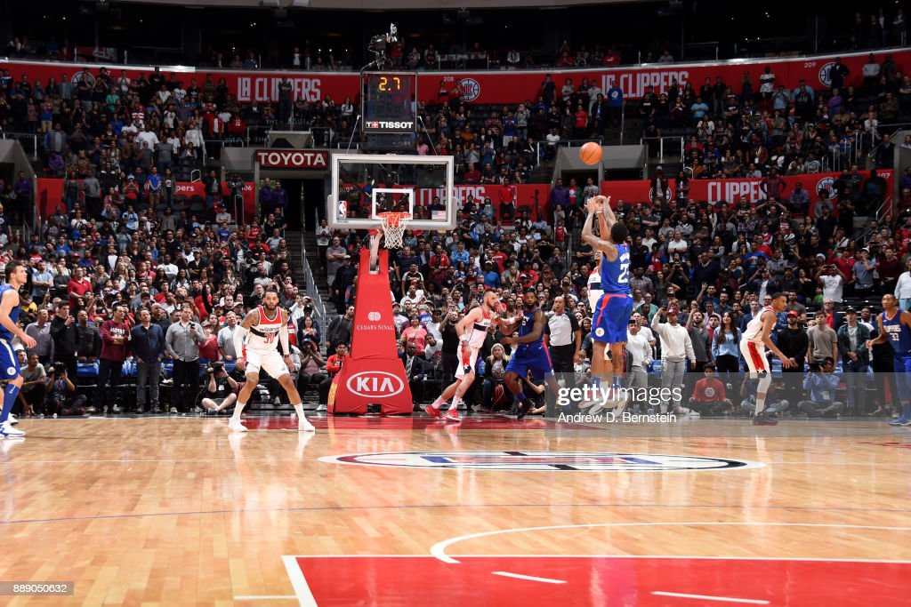 Lou Williams #23 of the LA Clippers shoots the ball during the game against the Washington Wizards on December 9, 2017 at STAPLES Center in Los Angeles, California.