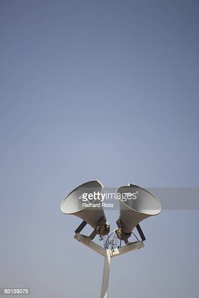 loudspeakers for announcement purposes - megaphone stock pictures, royalty-free photos & images