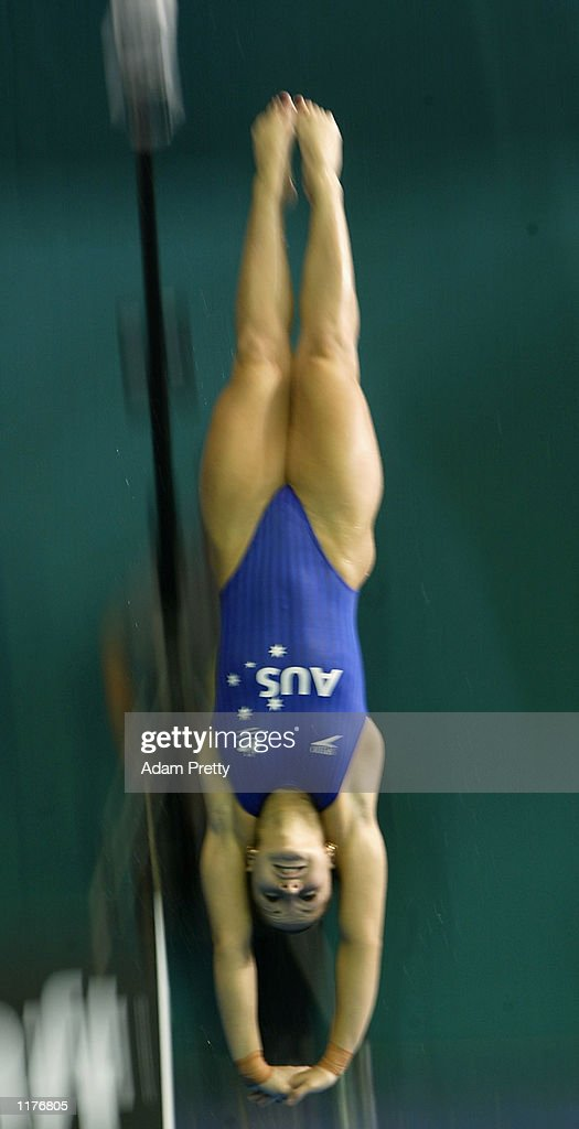 Loudy Tourky of Australia on her way to winning the Gold medal in the Women's 10m Highboard Diving : News Photo
