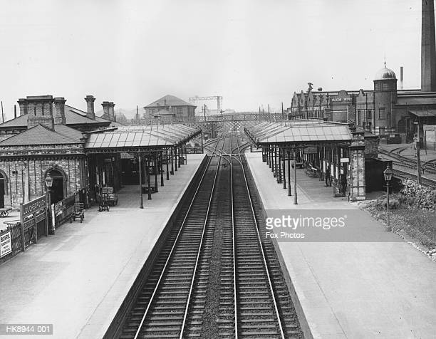 loughborough station - loughborough stock pictures, royalty-free photos & images