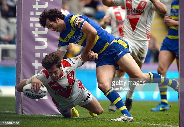 Louie McCarthyScarsbrook scores a try during the Super League match between St Helens and Warrington Wolves at St James' Park on May 31 2015 in...