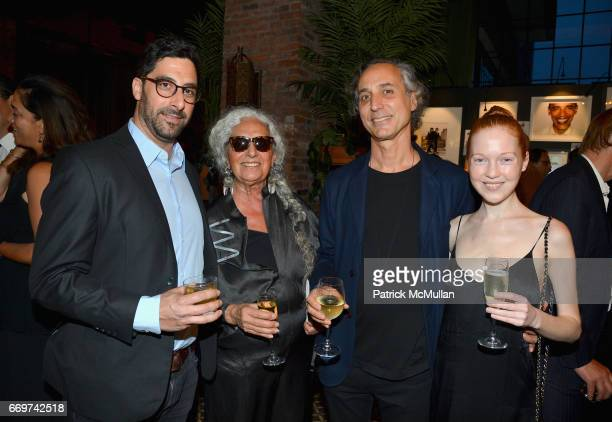 Louie Metzner Sheila Metzner Bob Recine and Lauren Isabeau attend The Turtle Conservancy's 4th Annual Turtle Ball at The Bowery Hotel on April 17...