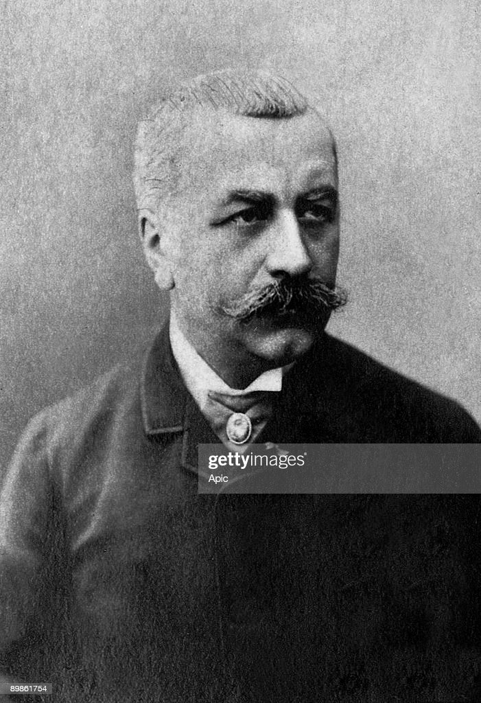 Louis Andrieux (1840-1931) French lawyer and statesman , was LouisAragon's father , photographied by Eugene Pirou about 1885-1900, extracted the collection Felix Potin, 500 contemporary celebrities, politicians France : Photo d'actualité