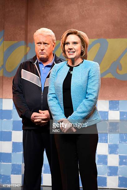 """Louis C.K."""" Episode 1683 -- Pictured: Darrell Hammond as Bill Clinton and Kate McKinnon as Hillary Clinton during the """"Summertime Cold Open"""" skit on..."""
