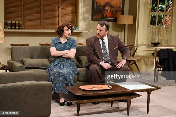 """Louis C.K."""" Episode 1683 -- Pictured: Kate McKinnon as Fran and Louis C.K. As Tom during the """"Forgotten TV Gems"""" skit on May 16, 2015 --"""