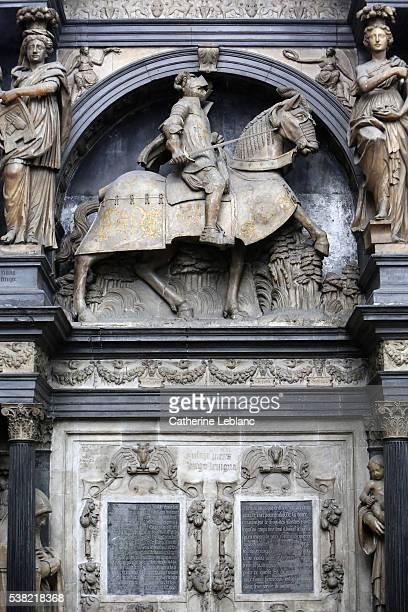louis de breze's tomb. notre-dame de rouen cathedral. - rouen stock pictures, royalty-free photos & images