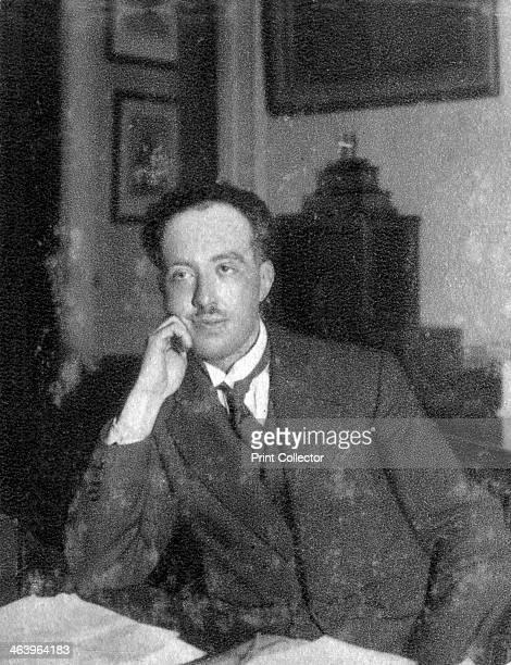 Louis de Broglie French physicist 1933 De Broglie's work on a new branch of quantum physics called wave mechanics won him the Nobel Prize for Physics...