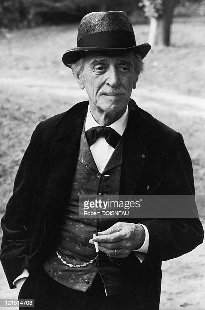 """Louis Ducreux , French Actor, Scripwriter And Composer, On The Shooting Of The Film """"A Sunday In The Country"""" By Bertrand Tavernier"""