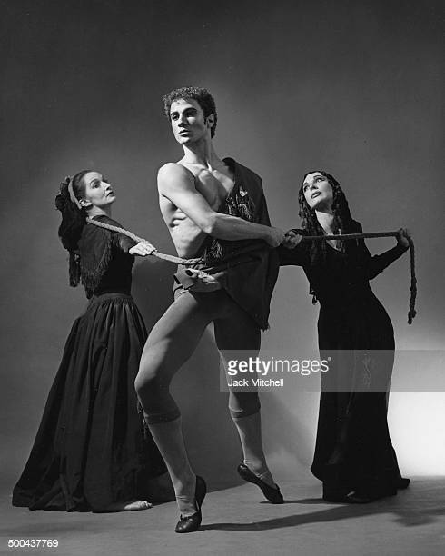 """Louis Falco and dancers Letitia Ide and Patricia Hammack perform """"Lament for Ignacio Sanchez Mejías"""" in 1964. Phoo by Jack Mitchell/Getty Images)"""