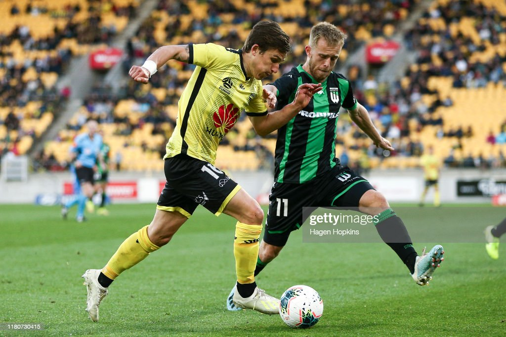 A-League Rd 1 - Wellington v Western United : News Photo