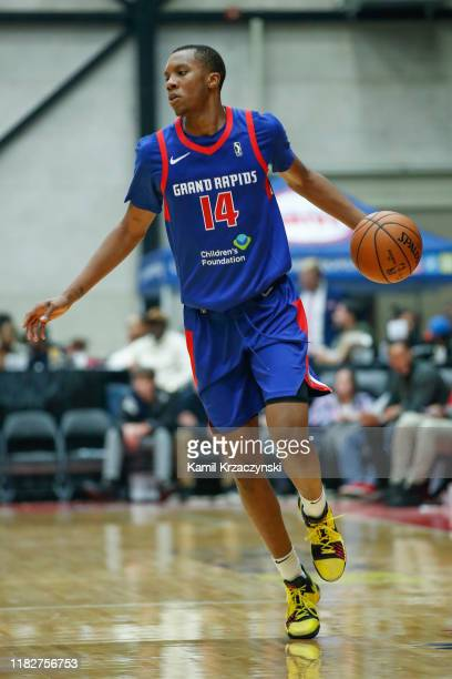 Louis King of the Grand Rapids Drive drives to the basket against the Greensboro Swarm during the second half of an NBA G-League game on November 15,...
