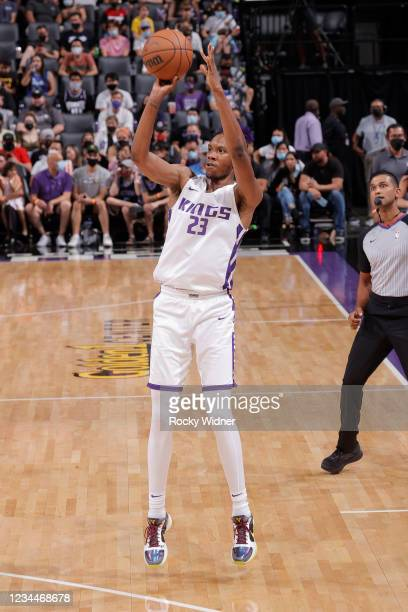Louis King of the Sacramento Kings shoots a three point basket against the Los Angeles Lakers during the 2021 California Classic Summer League on...