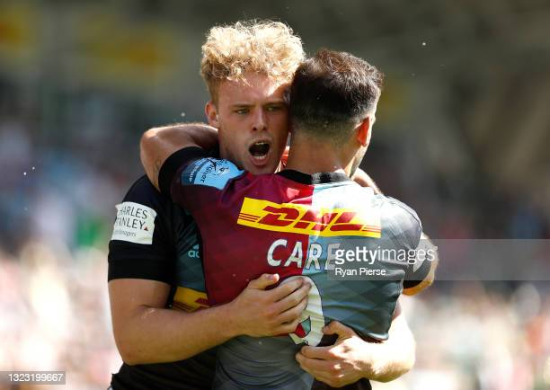 Louis Lynagh of Harlequins celebrates after scoring a try during the Gallagher Premiership Rugby match between Harlequins and Newcastle Falcons at...