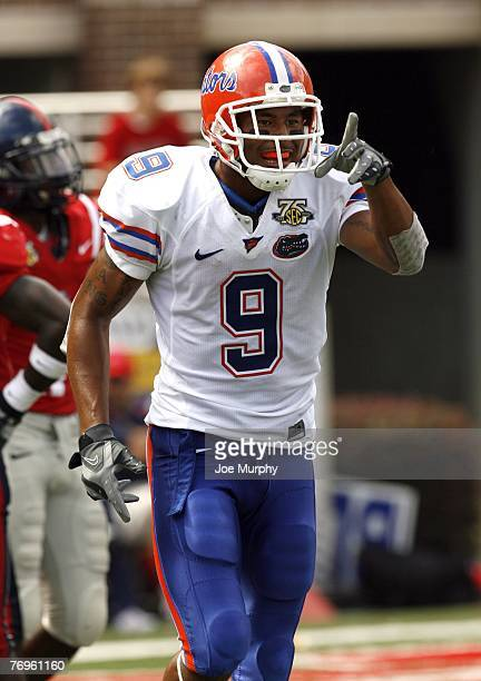 Louis Murphy of the Florida Gators celebrates his touchdown against the Mississippi Rebels on September 22 2007 at VaughtHemingway...