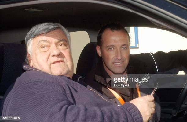 Louis NICOLLIN / Luc LEBLANC Dans la voiture suiveuse de la premiere etape Louis Nicollin devient le sponsor principal pour sauver l Etoile de...