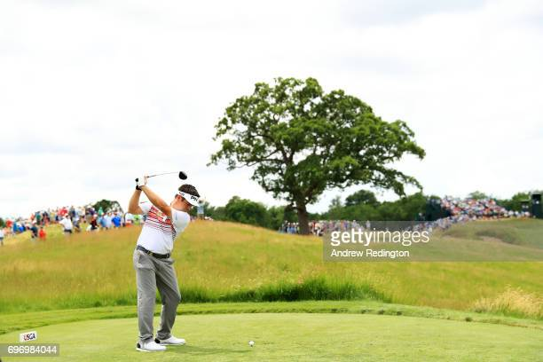Louis Oosthuizen of South Africa plays his shot from the 15th tee during the third round of the 2017 US Open at Erin Hills on June 17 2017 in...