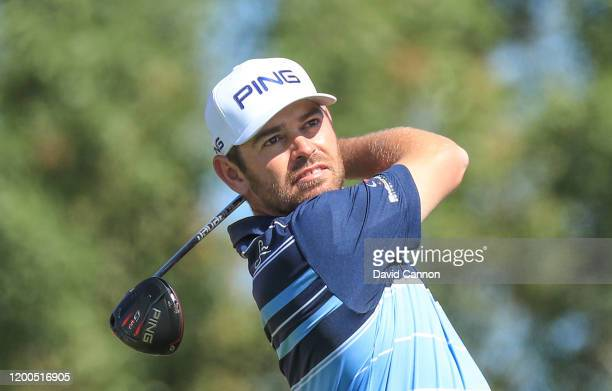 Louis Oosthuizen of South Africa plays his tee shot on the third hole during the final round of the Abu Dhabi HSBC Championship at Abu Dhabi Golf...