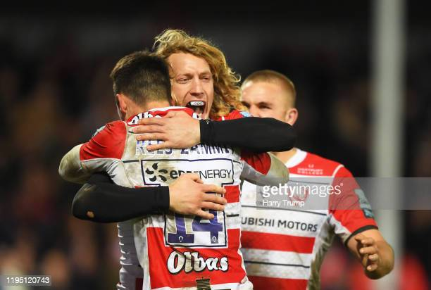 Louis ReesZammit of Gloucester Rugby celebrates after scoring his sides third try during the Gallagher Premiership Rugby match between Gloucester...