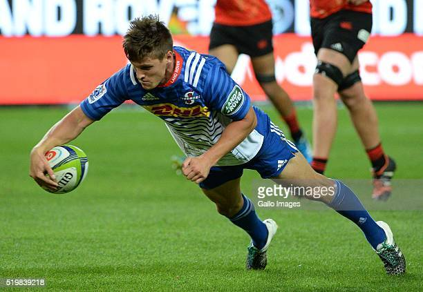 Louis Schreuder of the Stormers scores a try during the Super Rugby match between DHL Stormers and Sunwolves at DHL Newlands Stadium on April 08 2016...