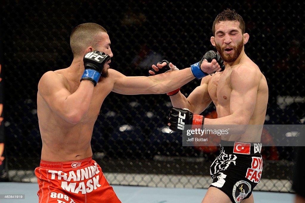 UFC Fight Night - Ozkilic v Smolka : News Photo