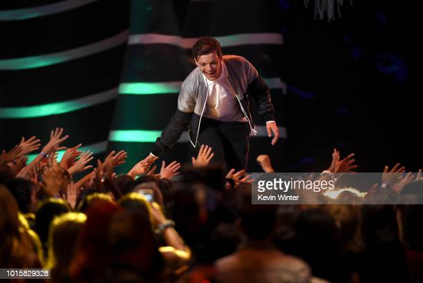 Louis Tomlinson accepts the Choice Male Artist award onstage during FOX's Teen Choice Awards at The Forum on August 12, 2018 in Inglewood, California.