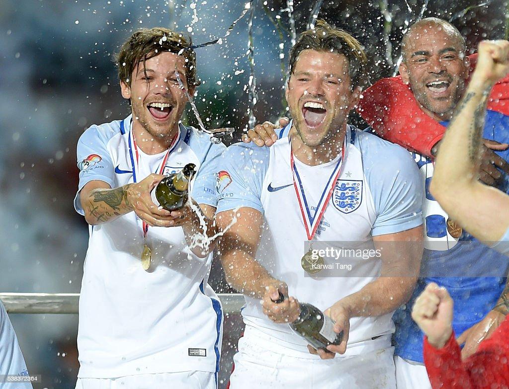Soccer Aid 2016 : News Photo
