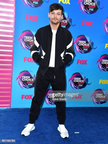 Louis Tomlinson arrives at the Teen Choice Awards 2017 at Galen Center on August 13 2017 in Los Angeles California