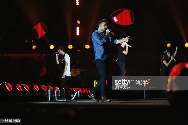 Louis Tomlinson Liam Payne Niall Horan and Harry Stiles of the band One Direction perform at Lincoln Financial Field September 1 2015 in Philadelphia...