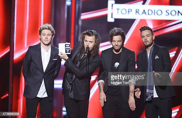Louis Tomlinson Niall Horan Harry Styles and Liam Payne of One Direction onstage during the 2015 Billboard Music Awards held at the MGM Grand Garden...