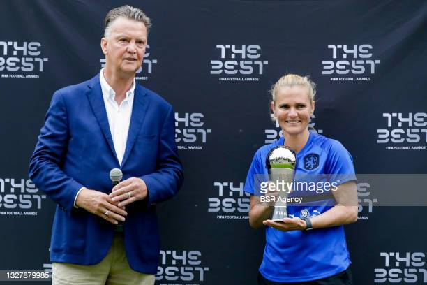 Louis van Gaal, Coach Sarina Wiegman of the Netherlands during the training session of the Dutch national soccer team women at KNVB Campus on July 3,...