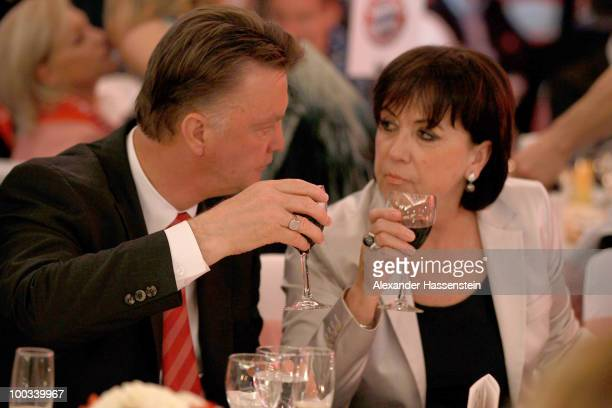 Louis van Gaal head coach of Bayern Muenchen talks to his wife Truus van Gaal during the Champions League banquet after the UEFA Champions League...