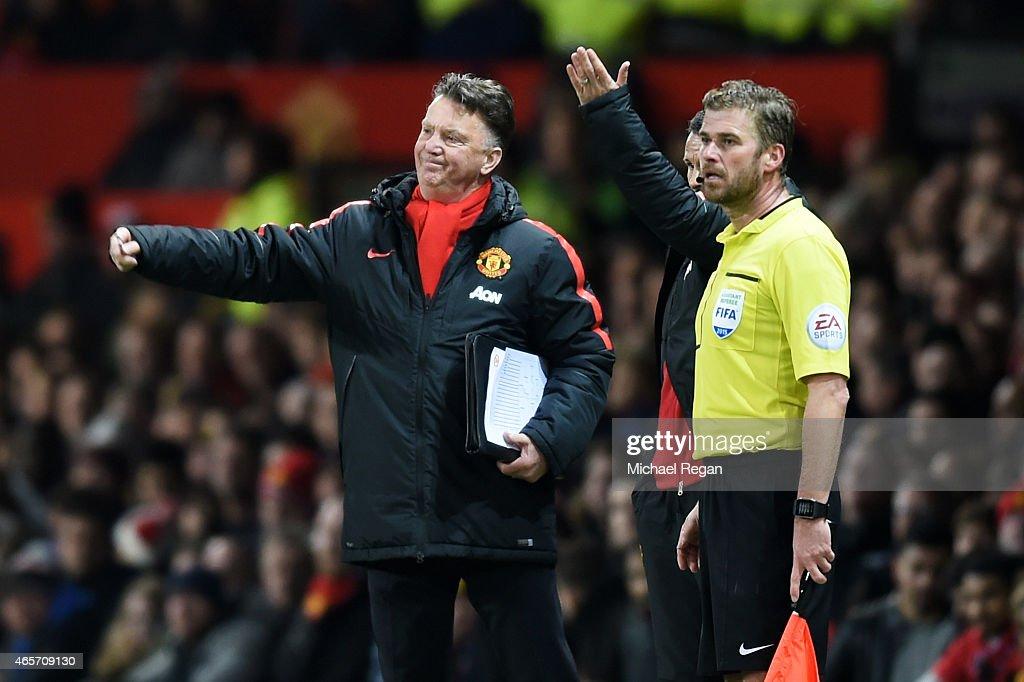Manchester United v Arsenal - FA Cup Quarter Final : News Photo