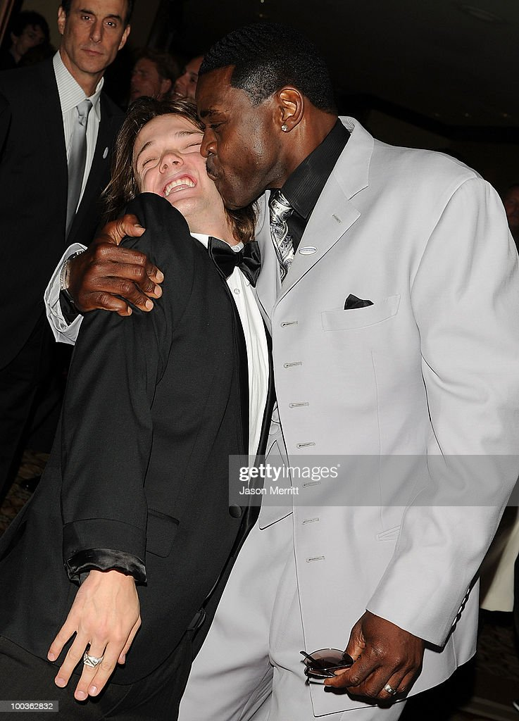Louis Vito and Michael Irvin arrive at the 25th Anniversary Of Cedars-Sinai Sports Spectacular held at the Hyatt Regency Century Plaza Hotel on May 23, 2010 in Los Angeles, California.