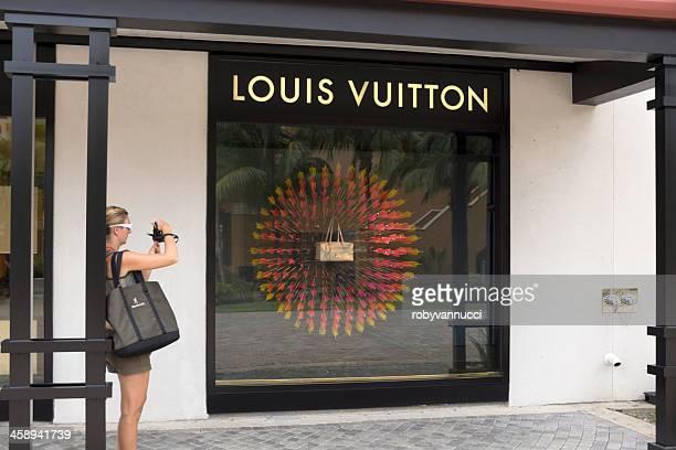 Louis Vuitton Loja de Janela